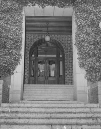 1950 Main Building: Entrance