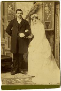 Wedding portrait of Charlotte