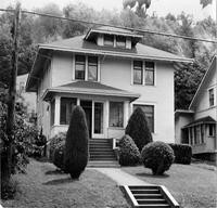 Off-campus housing: 322 North Forest Street