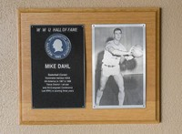 Hall of Fame Plaque: Mike Dahl, Men's Basketball (Center), Class of 1981