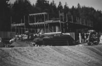 2001 Campus Services Building: Construction