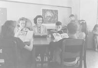 1943 Reading Group With Student Teacher