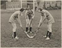 Women's Field Hockey Face-Off