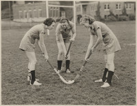 Women's Field Hockey Face-Off