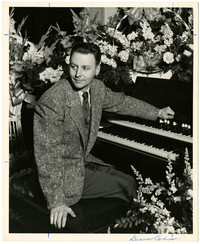 Gunnar Anderson seated at organ
