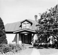 Off-campus housing: 529 High Street