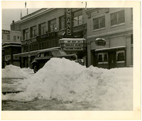 1943 street scene in downtown Bellingham after a snowstorm