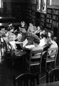 1940 Seventh Grade Class in Library (Class 7-C)