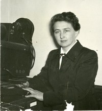 1949 Leslie Hunt