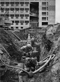 1973 Arntzen Hall: Construction