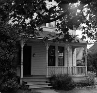 Off-campus housing: 612 East Myrtle Street