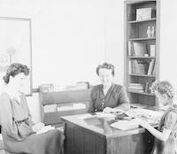 1943 Synva Nicol In Campus School First Grade Office